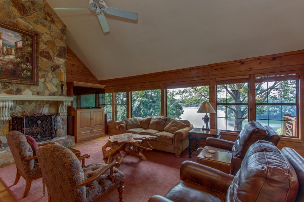 Thompson Mill sold by Cindy Ballard, Sheila Davis Lake Lanier Realtors