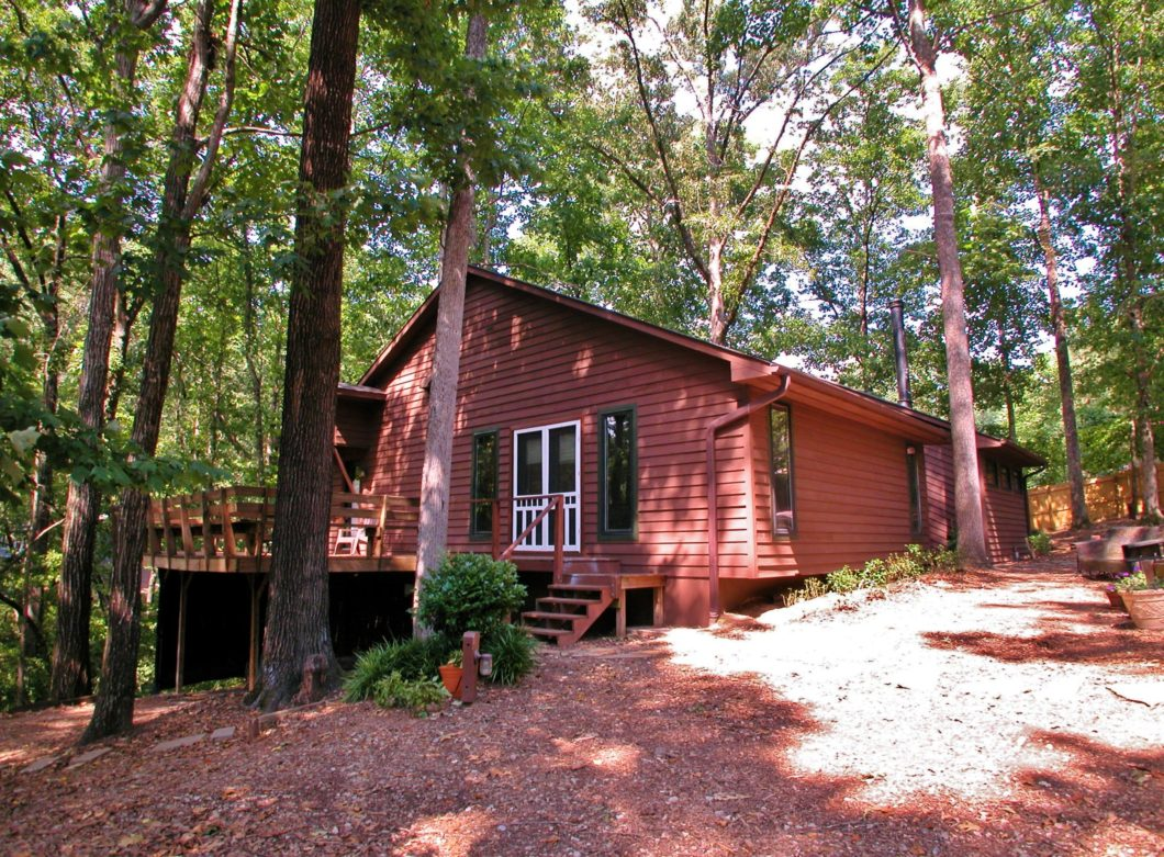 North georgia archives lake lanier homes for sale for Dogwood homes