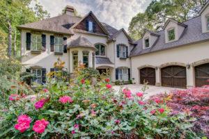 5337 Bay Circle on Lake Lanier home for sale Sheila Davis Group 770-235-6907 European Beauty in a PRIME South Lake Lanier location